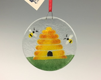 Honey Bee Skep Ornament, Bee Hive, Bees, Beekeeper gift, Fused Glass, Sun catcher