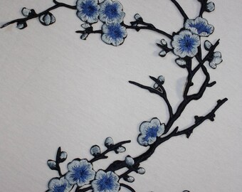 1 patch fusible blue cherry flowers