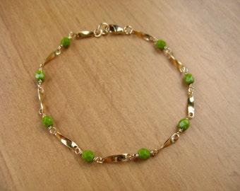Light Olive Green Beaded Chain Bracelet, Gold Bracelet, Delicate Bracelet, Layering Bracelet