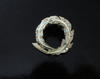 Aurora Borealis and Gold Tone Leaf Pin Brooch Vintage Jewelry
