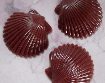 15 pcs. vintage brown plastic seashell cabochons 19x18mm - r140