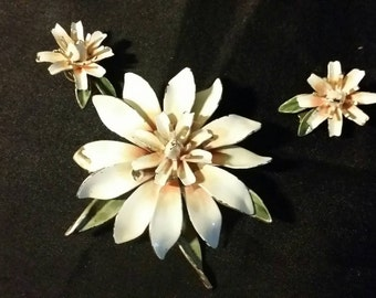 Vintage flower brooch and clip-on earrings
