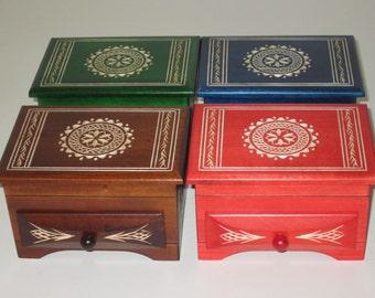 1 SET 4 jewelry box wooden box