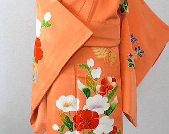 Second hand kimono, Japanese vintage formal kimono, tsukesagede, silk
