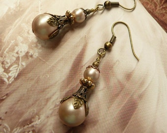 Vintage Champagne Pearl Earrings Antique Gold Earring Ivory Pearl Earrings Victorian Antique Jewelry wedding jewelry romantic earrings Gift