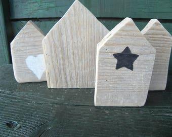 """Four houses Driftwood """"Scandinavian spirit"""" N 2"""