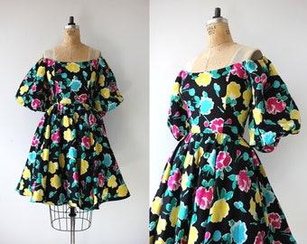 vintage 1980s dress / 80s Victor Costa dress / 80s off the shoulder dress / 80s floral dress / 80s does 50s dress / 1980s full skirt dress