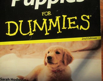 2006 Softbound book Puppies For Dummies 2nd edition by Sarah Hodgson 363 pages used book good condition