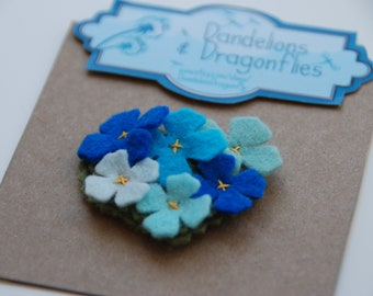 Blue flower hair clip / Blue flower barette / Baby hair clip / Felt flower hair clip / Felt flower hair accessory / Baby gift / Girls gift