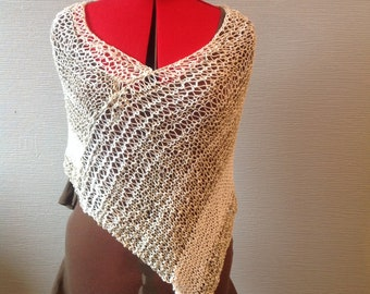 Women poncho / summer poncho / knit poncho / off-white poncho / lightweight poncho / cover shoulder or snood