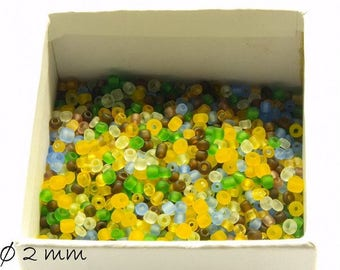 50 g-frosted lucite beads mix 2 mm #2 beads