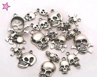 16 charms 10-35 mm mixed Halloween Gothic: skeleton, skull, bones, skull metal pair