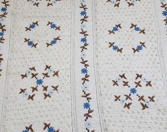 """Floral pattern Afghan 63"""" x 40"""""""