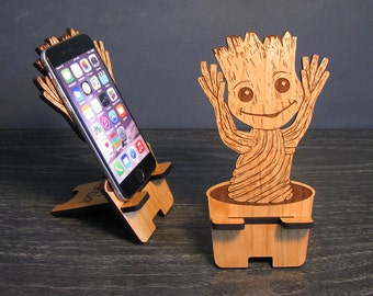 Dancing Baby Groot - Guardians Of The Galaxy Universal Smart Phone Stand iPhone Dock - Fits iPhone 6, iPhone Plus, iPhone 5 or 4, Android