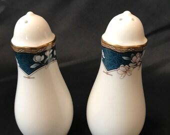 Noritake Bone China 'Sandhurst #9742' Salt and Pepper Shakers