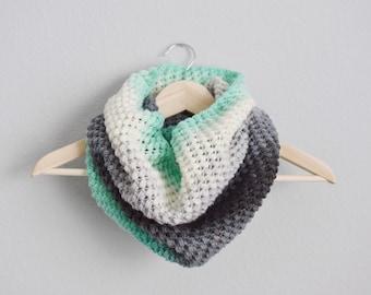Mint Ombré Cowl // Crocheted Scarf // Handmade Cowl // Spring Bean Cowl // Ombre Cowl // Crochet Infinity Scarf