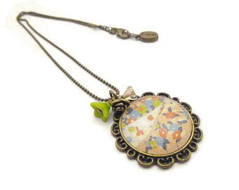 Flower image necklace and chain bronze