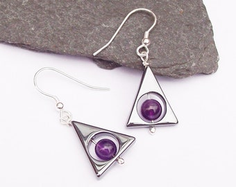 Hematite Triangle earrings with Amethyst , sterling silver geometric earrings , Purple and matalic black