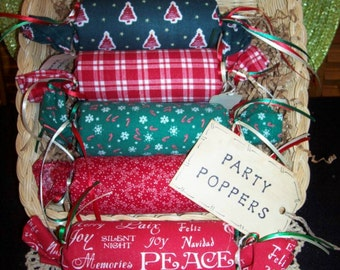 Primitive Country Christmas Fabric PARTY POPPERS Candy Treat Rolls Trinkets Tucks Bowl Fillers Ornies