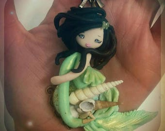 Mermaid doll necklace