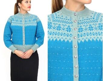Vintage 1970s 100% Wool Light Blue Snowflake Cardigan | Medium