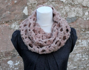 CROCHET PATTERN - crochet lace loop scarf, cowl, snood - Listing129