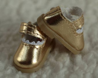 Never used Gold Mary Jane shoes for BJD by RubyRed