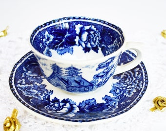 ARABIA/Vintage Tea Cup with Saucer/blue tea cup/cobalt blue/vintage teacup