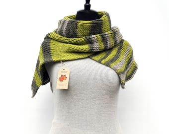 Gift ideas for her | gift ideas for him | Hand knitted winter scarf | women scarves | scarves for men | crochet scarf | Winter scarf wool