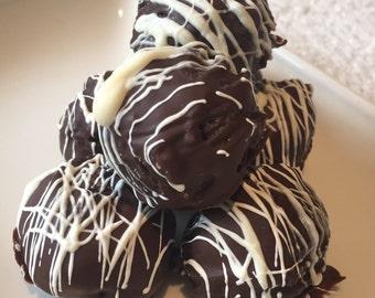 handmade/chocolate/brownie/ truffles/3 cones/30 in total/white chocolate/dark chocolate/milk chocolate/gift/christmas/birthday/made to order