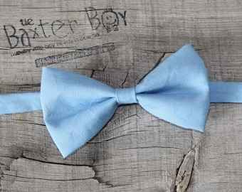 READY TO SHIP ---- Solid Cornflower Blue Bow Tie for little boys - wedding, ring bearer, little boy, accessory