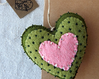 Green embroidered heart.Felt heart ornament.Embroidered two-sided heart.Handmade ornament.Valentines Day Gift.Great Mother's Day Gift.