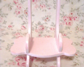 Shabby Chic Pale Pink Wood Easel Hand Made & Painted Display Easel Photo/Plate/Frame Etc