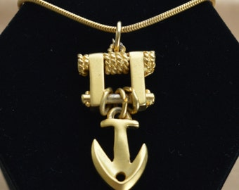 "Pretty Vintage Brushed Gold tone Anchor Nautical Necklace, 13-1/2""-15-1/2' (TB91)"