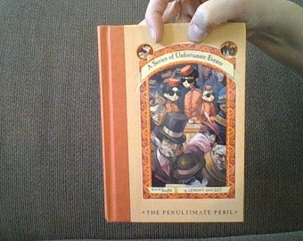 Series Unfortunate Events #12 - HANDMADE Secret Diversion Hollow REAL Book Safe