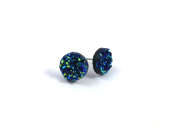 Blue druzy stud earrings - Hypoallergenic pure titanium and resin