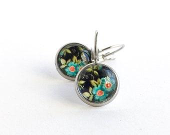 Petites boucles d'oreilles pendante en acier inoxydable image de fleurs, Dormeuses rose 10mm, Acier inoxydable, Boucles d'oreilles femme