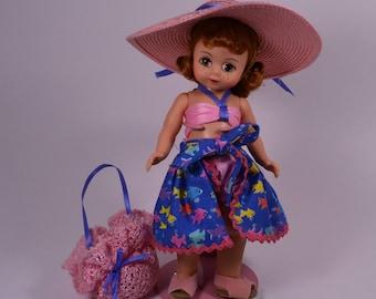 Vintage She Sells Sea Shells Figurine Madame Alexander Doll #14629