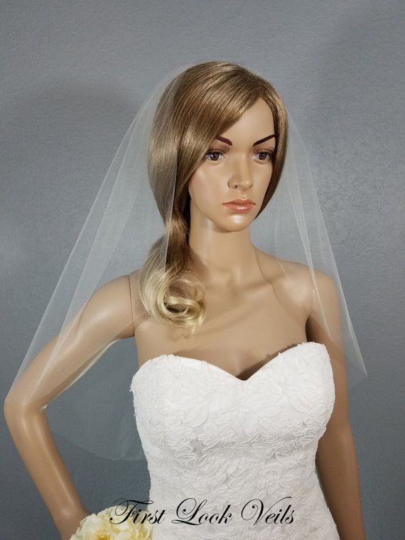 Ivory Wedding Veil, Bridal Elbow Veil, One Layer Plain Viel, Wedding Vail, Bridal Attire, Bridal Accessory, Short Veil, Bridal Accessory