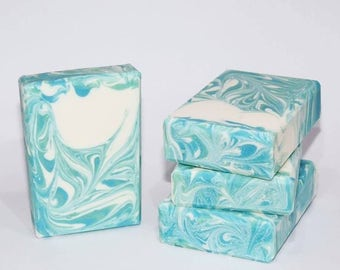 8th & Ocean | Handcrafted Artisan Soap | Cold Process | Luxury Soap | Gift for Her | Gift for Him | Palm Free Soap