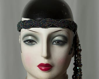 "Fantastic headdress/Headpiece in the splendour of the 20s/20s, beautiful for the next Gatsby party, glamorous to the ""Charleston"" outfit."