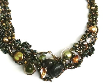 Yummy Beaded Gold & Olive Green Frame Bib Necklace