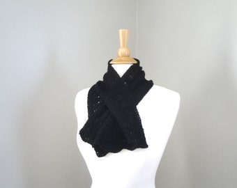 Black Cashmere Scarf, Keyhole Scarf, Pull Through Scarf, Neck Warmer, Luxury Natural Fiber, Office, Women, Hand Knit