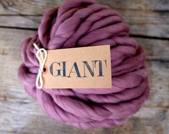 PLANT DYED Yarn - Logwood - Natural Dye - 10,5 oz / 300 gr - Giant Yarn - Super Chunky Yarn -