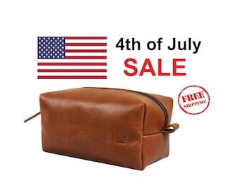 July 4th SALE - Leather Dopp Kit Groomsmen Gift Customize Leather Toiletry Bag Men's Toiletry Bag Leather Custom Dopp Kit Third Anniversary