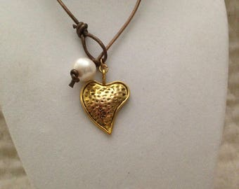 Leather and Pearl Necklace, Leather Pearl and Heart Necklace, Pearl Leather Heart Necklace, Freshwater Pearl Necklace