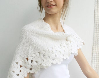 White Capelet Shawl Gift under 75 for Bridal Wedding Capelet Handmade  Gift Fot Woman