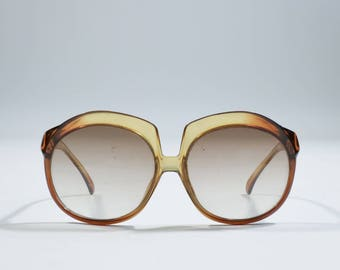 VINTAGE - Plastic sunglasses