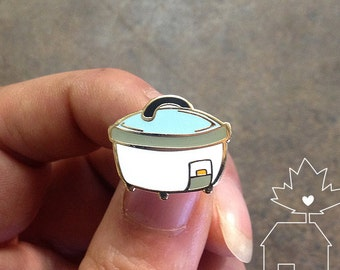 Rice Cooker: 14k Gold Plated Lapel Pin