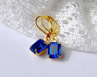 Sapphire Blue Rhinestone Leverback Earrings / September birthstone / vintage style / Swarovski rhinestone